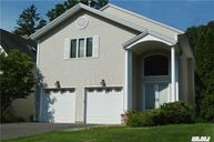 11 Oxford Ct Wheatley Heights NY, 11798