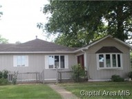1021 E Washington Riverton IL, 62561