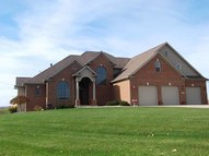 210 Laurelwood Court Wakarusa IN, 46573