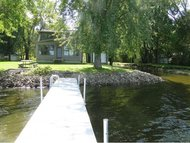1424 Wolf River Dr Fremont WI, 54940