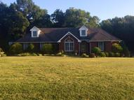 501 Woodland Creek Dr Mcminnville TN, 37110