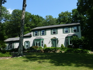 8 Eagle Nest Ln Long Valley NJ, 07853