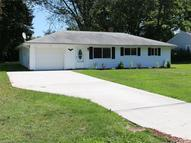 33 Deerfield Dr Painesville OH, 44077