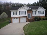 804 S Sherbrooke Circle Mount Carmel TN, 37645