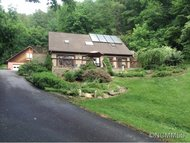 141 Dock Branch Road Barnardsville NC, 28709