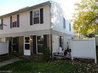 20390 Williamsburg Ct Unit: 203a Middleburg Heights OH, 44130