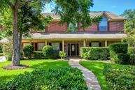 42 Dartmoor Ct Sugar Land TX, 77479