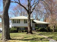 12 Zoranne Dr East Northport NY, 11731