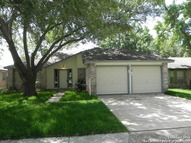 8114 Forest Bow Live Oak TX, 78233