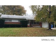 171 North Clearview Drive East Alton IL, 62024
