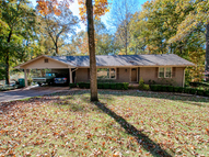 712 Pickwick Ct. Sheffield AL, 35660
