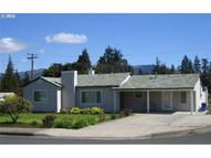 417 17th St Hood River OR, 97031
