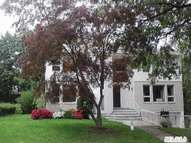 53 Ruxton Rd Great Neck NY, 11023