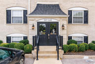 242 Middletown Square Louisville KY, 40243