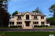 595 Motts Cove South Roslyn NY, 11576