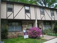 301 Woodside Cir Dresher PA, 19025