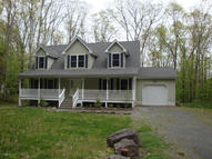 398 Timber Hill Trl Henryville PA, 18332