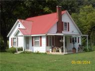 227 Sycamore Valley Rd Lafayette TN, 37083