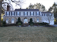 17 Country Club Ln Pelham NY, 10803