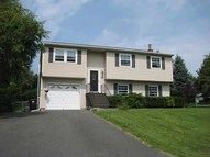 20 Meadowbrook Rd Watervliet NY, 12189