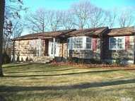 3 Russell Dr Wading River NY, 11792
