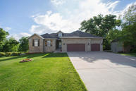 5404 South Pinehurst Avenue Springfield MO, 65810