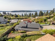 4426 Sunset Beach Rd W University Place WA, 98466