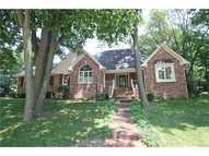 8835 Classic View Dr Indianapolis IN, 46217