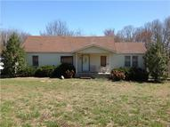 2079 Ridge Cir Joelton TN, 37080