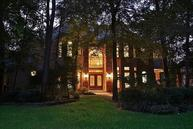 31 Harbor Cove Dr The Woodlands TX, 77381