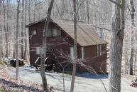 189 Black Hawk Lane Hedgesville WV, 25427