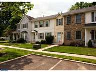5 Lenwood Ct Hamilton NJ, 08690