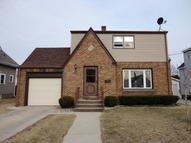 1329 S 19th St Manitowoc WI, 54220