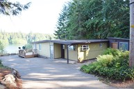 180 E Orchard Beach Dr Grapeview WA, 98546