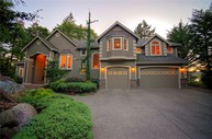 1305 205th Ave Ne Sammamish WA, 98074