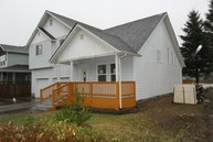 550 Weatherwax Lp Ne Ocean Shores WA, 98569