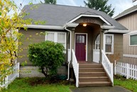9450 15th Ave Sw Seattle WA, 98106