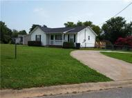702 Polk Ave Oak Grove KY, 42262