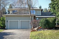 4561 192nd Ave Se Issaquah WA, 98027