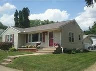 916 15th Ave South Clinton IA, 52732
