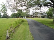 370 Walnut Grove Road Harrisburg IL, 62946