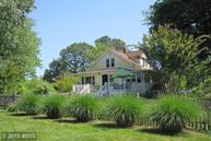 5810 Swamp Circle Road Deale MD, 20751