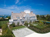 47 Monomoy Road Nantucket MA, 02554