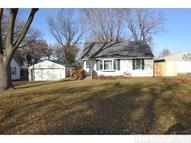 2077 Oakwood Drive Mounds View MN, 55112