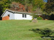 60 Maney Branch Rd Weaverville NC, 28787