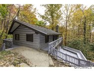 62 Weeping Cherry Road Fairview NC, 28730