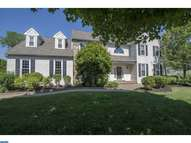 9 Rockhill Dr Broomall PA, 19008