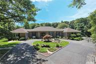 4 Hemlock Path Port Jefferson NY, 11777