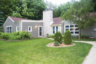 237 Lincoln Dr S West Bend WI, 53095