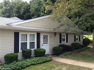 3994 Townhouse Ln Uniontown OH, 44685